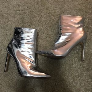 Shoes - SILVER POINTED TOE BOOTIE